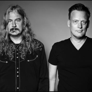 Harmens en Pfeijffer in duet op Lowlands  - Erik Jan Harmens