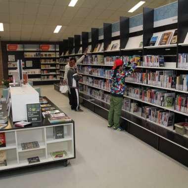 Lezing over 'Tropenbruid' in Bibliotheek Krimpenerwaard Schoonhoven