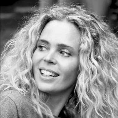 Roxane van Iperen bij Brainwash Zomerradio (en over Zomergasten)  - Roxane van Iperen