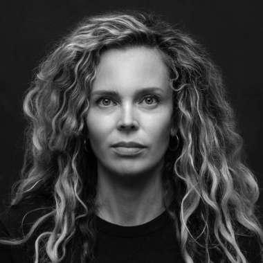 Interview met Roxane in Arnhem  - Roxane van Iperen