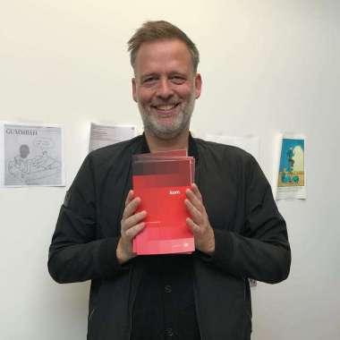 KOM naar de presentatie van Erik Jan Harmens' nieuwe bundel KOM  - Erik Jan Harmens