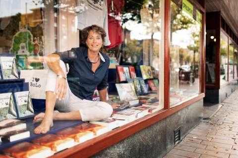 Lebowski Publishers organiseert 15 september takeover, optredens en benefietveiling in De Nieuwe Boekhandel
