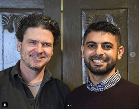 Mokhtar Alkhanshali (hoofdpersoon van Eggers' nieuwste boek) op tour in Nederland