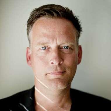 Nieuw stuk Erik Jan Harmens in Trouw over leven zonder roes  - Erik Jan Harmens