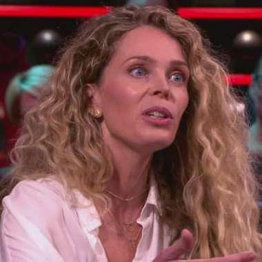 Roxane van Iperen te gast bij De Wereld Draait Door over 't Hooge Nest  - Roxane van Iperen
