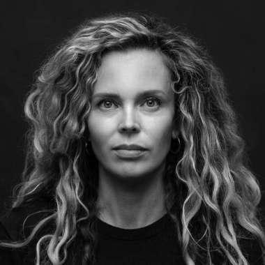 't Hooge Nest van Roxane van Iperen goes global  - Roxane van Iperen