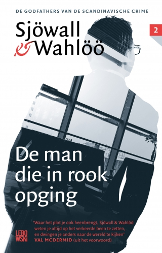 De man die in rook opging